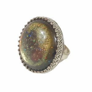 Round Silver Ring w/ Taupe Jewel & Glitter Size 8